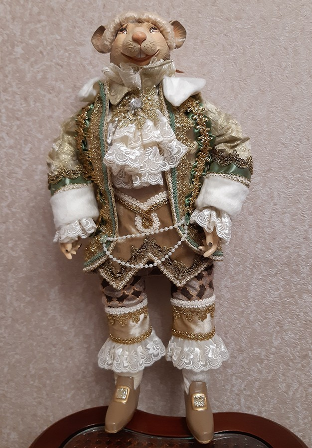 Коллекционная кукла символ 2020 года «Мышиный Король» «Мышь Джентельмен»