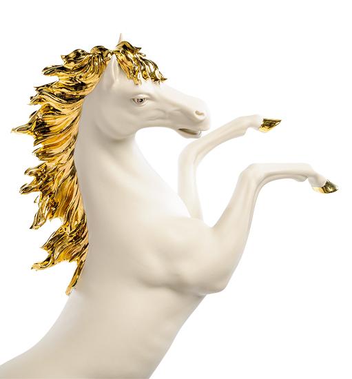 Фарфоровая статуэтка «Лошадь на дыбах» S. V. Sabadin