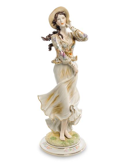Фарфоровая статуэтка «Девушка в шляпе» S. V. Sabadin