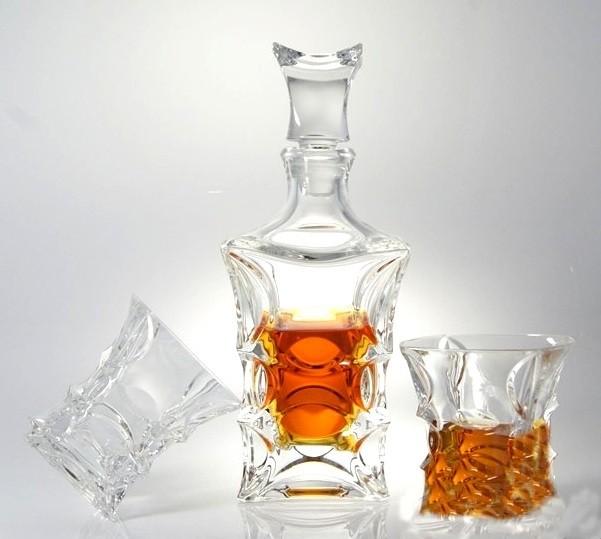 Хрустальные бокалы для виски Crystal Bohemia в комплекте со штофом, коллекция X-LADY