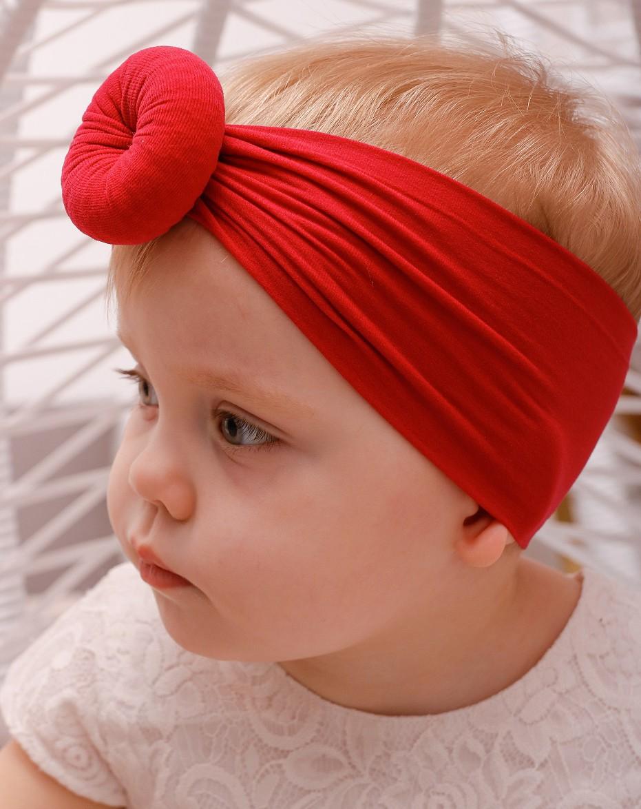 Стильная повязка на голову для девочки, красного цвета