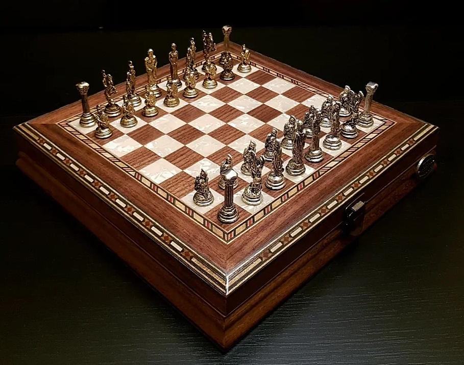 Подарочные шахматы «Илиада мини» (орех антик) шахматы в подарок мужчине