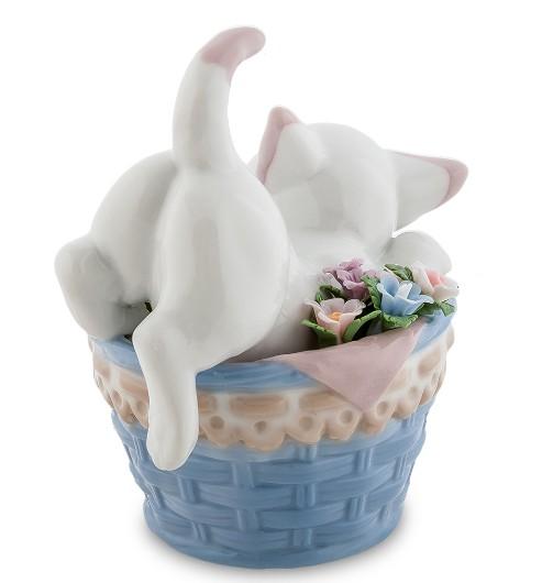 Фарфоровая статуэтка «Котенок в корзине»