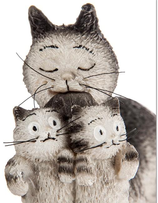 Статуэтка «Кошка с котятами»