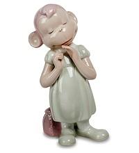 Фарфоровая статуэтка «Обезьяна девочка»