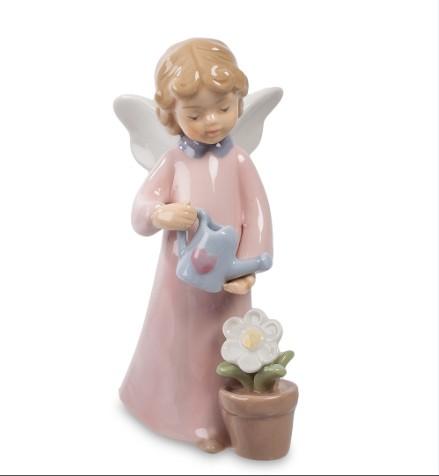 Фарфоровая статуэтка «Ангел с лейкой»