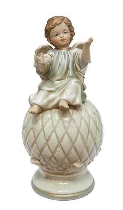 Фарфоровая статуэтка «Ангел»