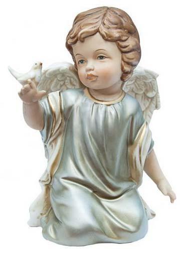 Фарфоровая статуэтка «Ангел с голубем»
