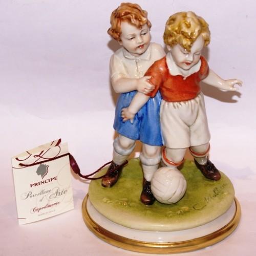 Фарфоровая статуэтка «Футболисты» Porcellane Principe