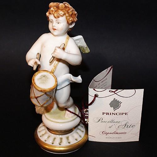 Фарфоровая статуэтка  «Ангелочек с барабаном» Porcellane Principe