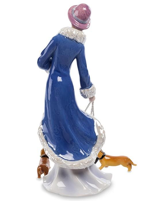 Фарфоровая статуэтка «Дама с собачками»