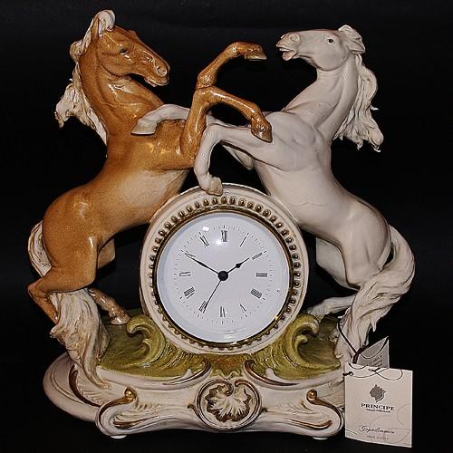 Часы «Кони»