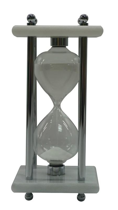 Песочные часы (15 минут)