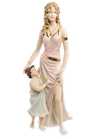 Фарфоровая статуэтка «Мать и дитя» S.V. Sabadin