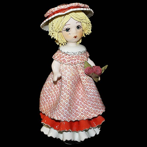 Статуэтка «Девочка с розами»