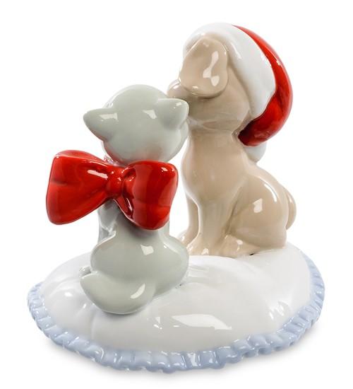 Фарфоровая статуэтка «Кошка с собакой»