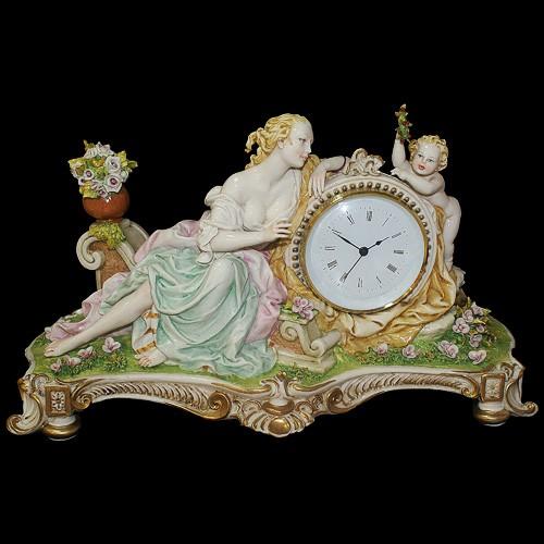 Часы  «Дама с ангелом»