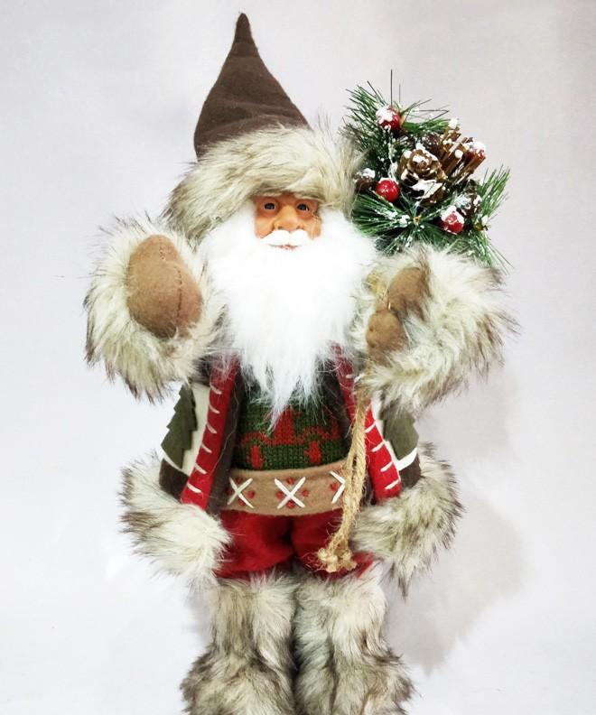 Новогодняя кукла «Санта Клаус в меховых сапогах»