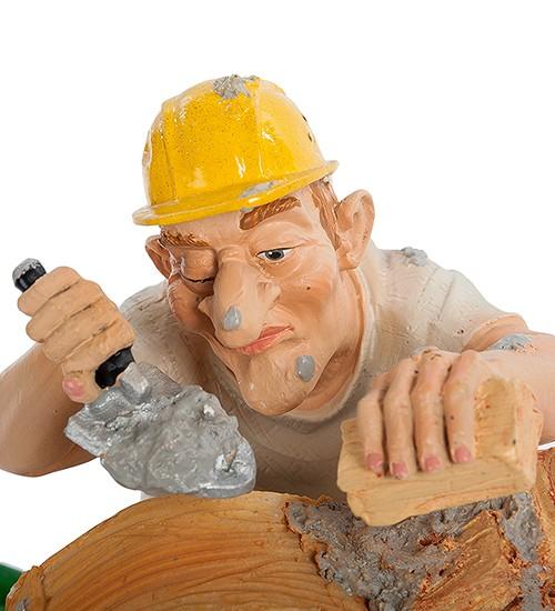Комичная статуэтка «Строитель»