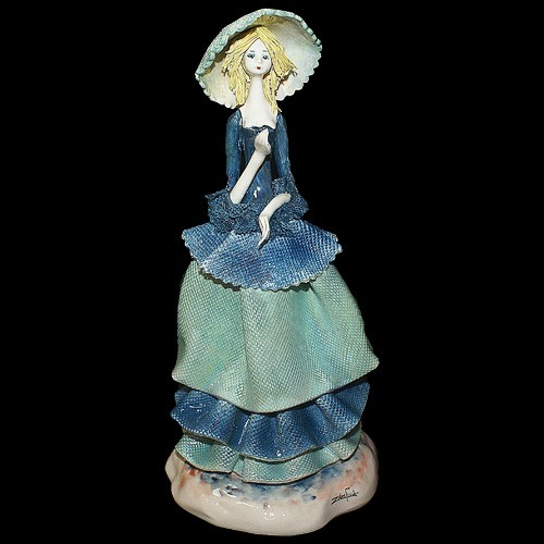Статуэтка «Девушка в синем»