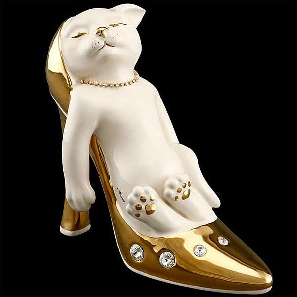 Статуэтка «Котенок в туфле»