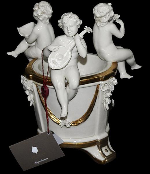 Статуэтка - ваза «Ангелы у колодца»