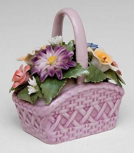 Фарфоровая цветочная корзина