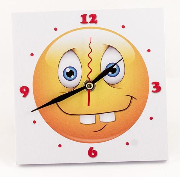 Прикольные настольные часы «Смайлик»